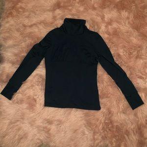 Athleta Tyrolean Turtleneck pullover Size: M